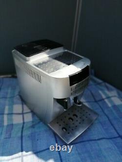 DELONGHI Magnifica S ECAM 22.360. S Bean to Cup Coffee Machine Silver