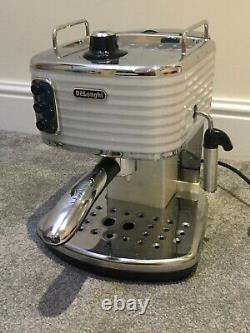 Delonghi Scultura Ecz 351. W Pump Espresso Coffee Machine -white Good Condition