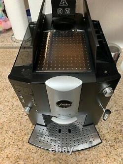 Jura Impressa E8 Coffee & Espresso Machine + Accessories